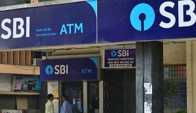 SBI recovers Rs 300 crore from customers